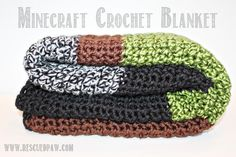 MineCraft Chunky Crochet Blanket Pattern From Rescued Paw | Uses two strands of yarn at once!!
