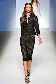 Fashion Show: Alberta Ferretti Spring Summer 2012 Milan Fashion Week