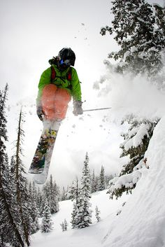 #Grand_Targhee, Wyoming | snowzine.com