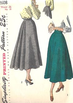 1940s Misses Skirt. I love these late 40s skirts with lots of back detailing.