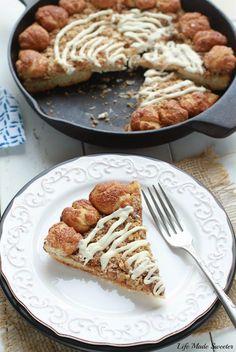 Cinnamon Streusel Dessert Pizza, studded with cinnamon-sugar crust bites that taste like mini cinnamon rolls!