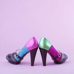 Here are my beautiful shoes: Tokyo woven seude/patent - Ingunn Birkeland Oslo Beautiful Shoes, Kitten Heels, Stylish, Design, Fashion, Cute Wedges Shoes, Moda, Cute Shoes, Fashion Styles