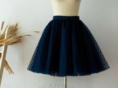 Classic polka dots  and tulle skirt @reathua  #Etsy#reathua#tulleskirt#tulleskirts#shortskirt#kneeskirt#womenskirt#tulle#skirt#midiskirt#fashion#party#tutu#tutuskirt#custume#birthdayskirt#costume#holidayparty#gifts#navyblue#polkadots