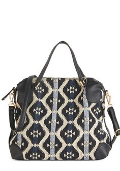 Positively Poised Bag. Slipping your arm through the handles of this geometric-printed bag, you look and feel as posh as can be! #gold #prom #modcloth