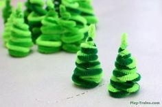 crafts for the new year of chenille wire, herringbone
