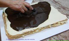 Čokoláda nemôže byť príliž horúca lebo by nám rozpila krém. Mini Twists, Ale, Food And Drink, Flower, Essen, Ale Beer, Ales, Flowers, Beer