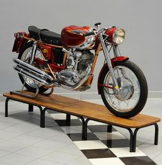 DUCATI 200 ELITE SPORT | Credits STUDIO 129 by Turismo Emilia Romagna, via Flickr