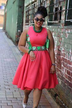 C'est toujours un plaisir de dénicher de nouvelles marques et de vous les présenter, et c'est celle-ci basée en Afrique du Sud vous séduira autant qu'elle nous a séduit. D'ailleurs, certains la connaissent peut être déjà, car elle est très appréciée sur les réseaux sociaux (Facebook notamment) et ses créations sont beaucoup partagées. Il s'agit ... African Print Dresses, African Print Fashion, Africa Fashion, African Dress, African Attire, African Wear, African Women, African Style, African Beauty