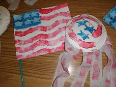 Preschool Crafts for Kids*: 4th of July Flag and Shaker Craft