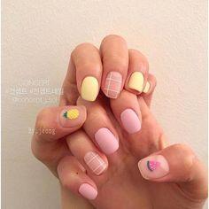 ไอเดีบเล็บลายสับปะรด ลายเล็บหน้าร้อน สดใส เพ้นท์เล็บรับซัมเมอร์ Square Nail Designs, Cute Nail Art Designs, Short Nail Designs, Pink Acrylic Nails, Pastel Nails, Stylish Nails, Trendy Nails, Gell Nails, Sun Nails