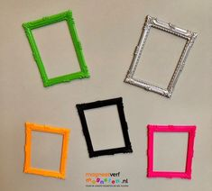 Magnetische fotoframes in leuke kleuren! Frame, Home Decor, Homemade Home Decor, Interior Design, Frames, Home Interior Design, Decoration Home, Hoop, Home Decoration