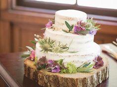 スポンジが薄く見えるホワイトネイキッドケーキまとめ | marry[マリー] Wedding Cakes, Desserts, Food, Wedding Gown Cakes, Meal, Wedding Pie Table, Deserts, Essen, Wedding Cake