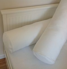 Diy Pillows, Cushions On Sofa, Bolster Pillow, Pillow Cases, Cool Diy, Interior Design Living Room, Baby Room, Home Decor, Sewing