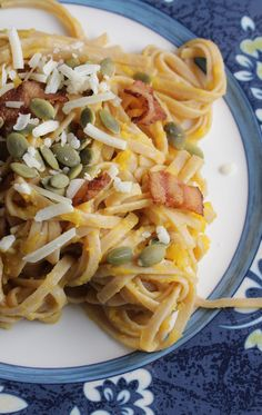 Pasta with Creamy Butternut and Bacon for a tasty fall #WeekdaySupper