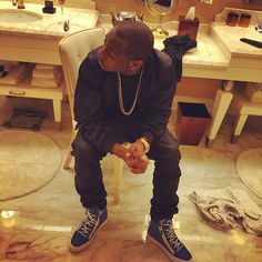 Welcome to St. Zion's Blog: PHOTOs: Davido Shares Family Vacation Photos In Du...