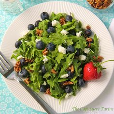 Arugula & Blueberry Salad w/ Goat Cheese, Honeyed Sunflower Seeds & Strawberry Vinaigrette - thecafesucrefarine.com