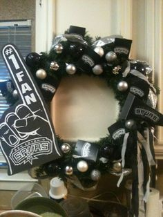 Spurs Wreath! this is so cool!