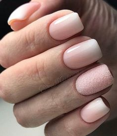 The pink nail art design can highlight the soft and sweet temperament of women.Pink nail art designs can be used in almost all occasions, not unassuming, but without losing grace. Nude Nails, Pink Nails, Neutral Nails, Yellow Nails, Green Nails, Gold Nails, Gorgeous Nails, Pretty Nails, Hair And Nails