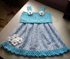 mavi kumaş ve örgü elbise