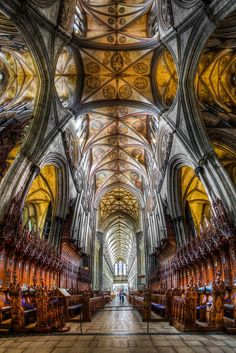 Salisbury Cathedral, a very popular excursion for students studying abroad in London.