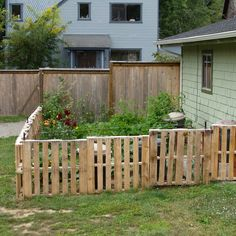 I have been interested in building this kind of fence ever since I