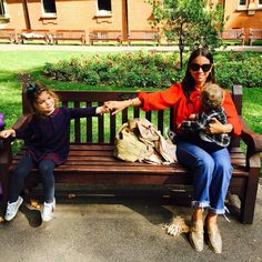 "Natasha Goldenberg na Instagramu: ""What a day. London. September"""
