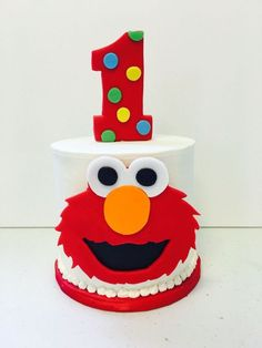 27 Brilliant Photo of Elmo Birthday Cake Elmo Birthday Cake Birthday Smash Cake For An Elmo Lover Divinely Dolce Cakes Baby First Birthday Cake, First Birthday Cakes, First Birthday Parties, Birthday Ideas, 2nd Birthday, Sesame Street Birthday Cakes, Sesame Street Cake, Elmo Smash Cake, Homemade Birthday Cakes
