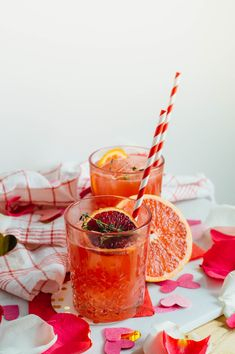 An easy, breezy Winter Citrus Bourbon cocktail recipe just in time for the festive, love-filled holiday of the year - Valentine's Day!