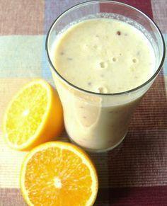 Koktajl poprawiający trawienie, a więc doskonale wspomagający odchudzanie. Może być świetnym posiłkiem śniadaniowym lub pożywną przekąską,... Smoothie Drinks, Fruit Smoothies, Healthy Smoothies, Healthy Cocktails, Healthy Juices, Detox Recipes, Healthy Recipes, Healthy Cooking, Healthy Eating