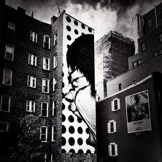 Outside heath ledger 39 s apartment 421 broome street soho for Mural on broome street