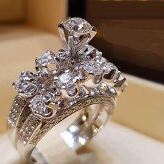 White Gold Over Womens Round Cut Diamond Engagement Wedding Bridal Ring Set Round Diamond Engagement Rings, Engagement Wedding Ring Sets, Wedding Ring Styles, Wedding Ring Bands, Bridal Jewelry Sets, Bridal Rings, Bridal Sets, Wedding Jewelry, Donia