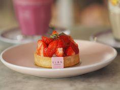 #ElanCafe #London #Mayfair #ParkLane #LondonLife #Foodies #2019 #Brunch #CoffeeShop #CoffeeClub #BreakfastLondon #Beauty #Knightsbridge #LondonFood #ThisIsLondon #OxfordStreet #Selfridges #SelfridgesLondon #PinkInterior #Breakfast #Belgravia #ElanCafeLondon #EatLiveAndNourish Coffee Club, Coffee Shop, Selfridges London, London Food, Oxford Street, London Life, Foodies, Brunch, Strawberry