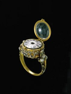 Ring watch: 			  			Artist/Maker:Schmidt, Johann Ulrich									Date:1650 - 1670 			Place of production: Augsburg
