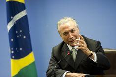 """Michel Temer, que ontem soltou nota para contestar a delação do executivo Marcio Faria, que o acusou de presidir uma reunião em que se acertou pagamento de propina de US$ 40 milhões, que equivalem a R$ 126 milhões, para o PMDB, hoje recuou e disse que esteve sim no encontro; """"Participei de uma reunião com o representante de uma das maiores empresas do País"""", afirmou; Faria afirmou que o valor doado ao PMDB foi totalmente ilegal e indevido, uma vez que representava 5% de um contrato..."""