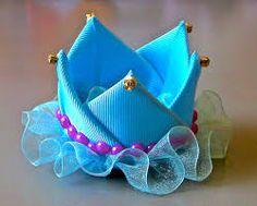 Resultado de imagen para tiaras de luxo com manta de strass