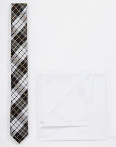 """Krawatte und Einstecktuch im Set von ASOS weiches gewebtes Material kontrastierende Krawatte mit Print schmaler Schnitt spitzes Ende einzelne Halteschlaufe Chemisch reinigen 100% Polyester Gebundene Länge: 143 cm/56 Zoll Einstecktuch: 29cm/11"""" x 29cm/11"""""""