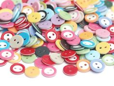 Hey, I found this really awesome Etsy listing at https://www.etsy.com/listing/165183815/30-mixed-coloured-buttons-11mm-color