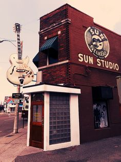 """Sun Studio, Memphis """"Everyone would love to go to this place. Fantastic museum with an equally fantastic malt shop while you wait"""" Oh The Places You'll Go, Places To Travel, Places Ive Been, Places To Visit, Memphis Tennessee, Memphis Art, Tennessee Waltz, Arkansas, Sun Records"""