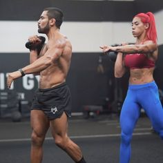 These Two Challenging Kettlebell Flows Will Help You Build Serious Core Strength Kettlebell Routines, Kettlebell Training, Kettlebell Swings, Abs Workout Routines, Gym Workout Tips, Boxing Workout, Fun Workouts, Body Workouts, Perfect Body Motivation