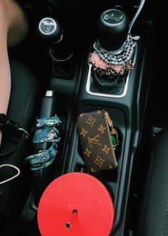 Fantastic Fancy cars photos are offered on our web pages. Take a look and you wont be sorry you did. Cute Car Accessories, Car Interior Accessories, Fancy Cars, Cute Cars, Future Car, Ford Gt, Audi Tt, Toyota, Fast Sports Cars