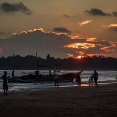 Fishermans boat just came to the beach in Weligama beach where young boys play cricket before sunset. #mylosthat #srilankanairlines #srilankan #srilanka #oriens_travel #sunset #weligama #weligamabeach #mujolympus #mujolympusczsk #beach #fishermanboat #boat #cricket #blog #blogger #travels #traveling #travelblog #travelblogger #travelbloggerlife #createyouradventure by my_lost_hat