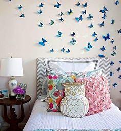 Bom Domingo para todo mundo! Preguiça gostosa de sair da cama...Já falei que adoro borboletas? Aqui em casa tbem tem um monte!  Acordei tagarela...