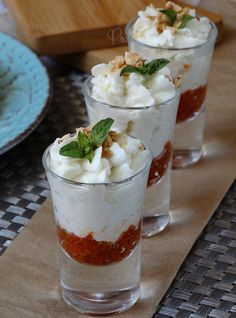 Mousse di mozzarella di bufala con pomodorini secchi