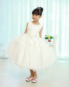 White Wedding Flower Girl Bridesmaid First Holy Communion Party Dress Yrs Wedding Dresses For Kids, Girls Bridesmaid Dresses, Dresses Kids Girl, Wedding Party Dresses, Flower Girl Dresses, Ivory Wedding, Formal Wedding, Post Wedding, Ivory Dresses