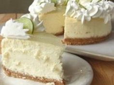 Do you LOVE CHEESECAKE? Try our Key Lime Cheesecake Copy Cat Cheese Cake Factory – Best of 2013 – Number 13 - The cheesecake tastes perfect. It's creamy, but not wet; tart, but not sour. It's a good key lime cheesecake with a lemon glaze topping. Lime Recipes, Sweet Recipes, Copycat Recipes, Gf Recipes, Italian Recipes, Chicken Recipes, Cooking Recipes, Healthy Recipes, Just Desserts