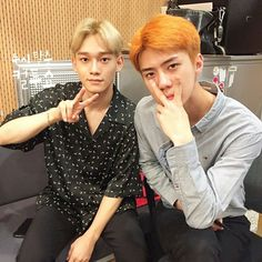 Find images and videos about exo, sehun and Chen on We Heart It - the app to get lost in what you love. Exo Chen, Kris Wu, Kai, Korean Pop Group, Kim Jong Dae, Exo Korean, Korean Idols, Baekhyun Chanyeol, Kim Minseok