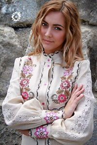 Chernikova  Ukrainian beauty folk fashion