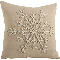 Knotted Snowflake Throw Pillow (I can do this) Cream Pillows, Diy Pillows, Decorative Throw Pillows, Pillow Ideas, Accent Pillows, No Sew Pillow Covers, Cushion Covers, Snowflake Pillow, Snowflakes