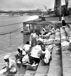 Pasig+River+Manila+Vintage+Photograph+Old+Picture+Filipina+Washing+Clothes