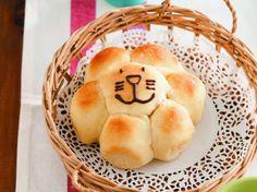 """""""焼き時間たったの4分""""で大ブーム!「作りおきパン」の魅力と簡単レシピとは?"""